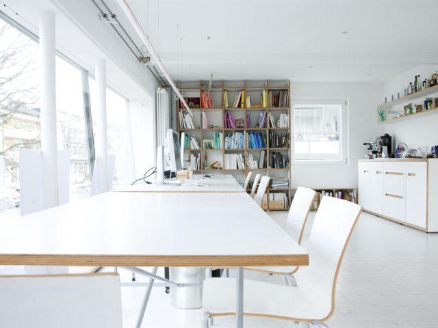 Institut-fuer-Form-und-Farbe-Althammer-Studios02.jpg